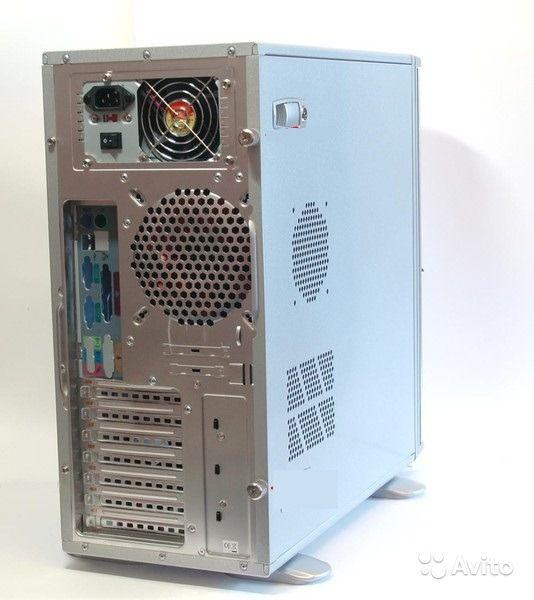 блок компьютера